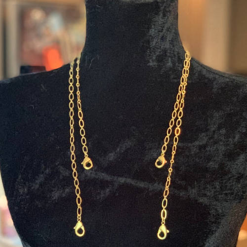 Face Mask Chain Holder (Two Lengths Shown)