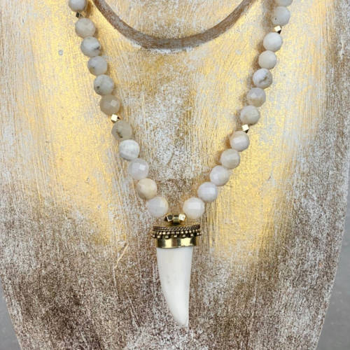 Faceted White Lace Agate Necklace (Gold Display)