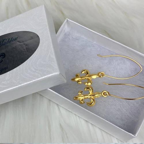 Fleur de Lis Earrings (box)