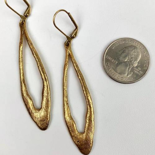 Long Open Drop Leverback Earrings( gold size display)