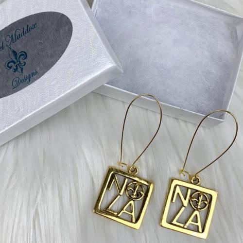 NOLA Gold Square Fleur de Lis Charm Earring (box display)