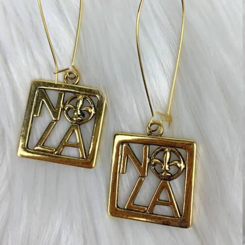 NOLA Gold Square Fleur de Lis Charm Earring (pillow display)