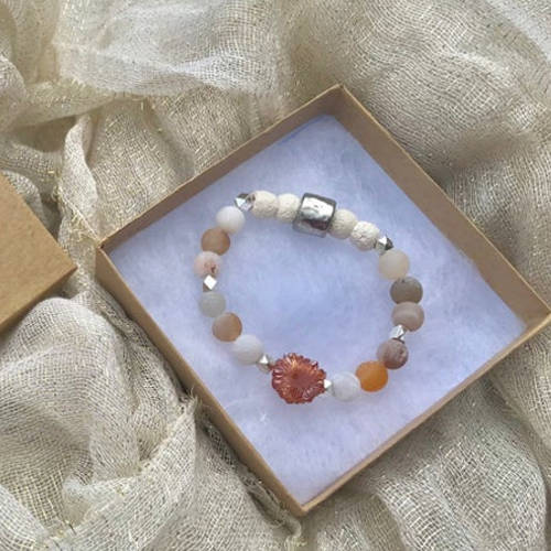 Red Matte Druzy Agate Beads Essential Oil Diffuser Bracelet (box)