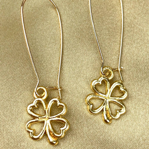 St. Patrick's Four Leaf Clover Earrings(Gold View)