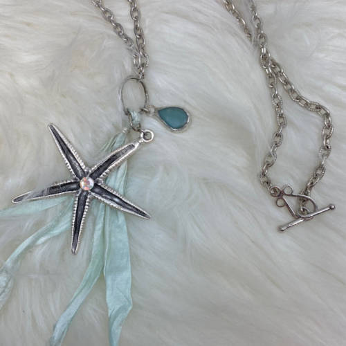 Silver Starlight Necklace (Flat View)